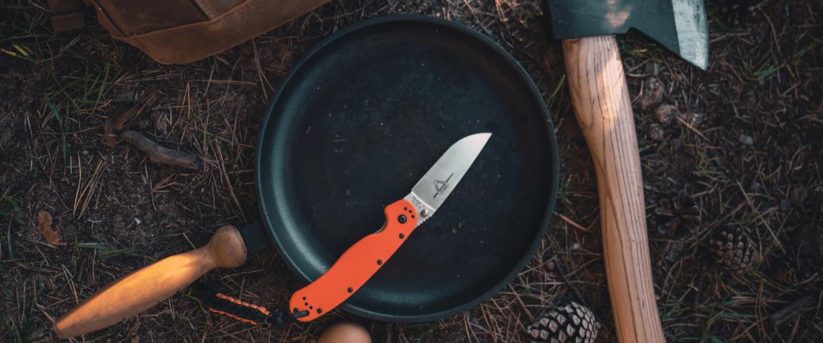 Tourist knife
