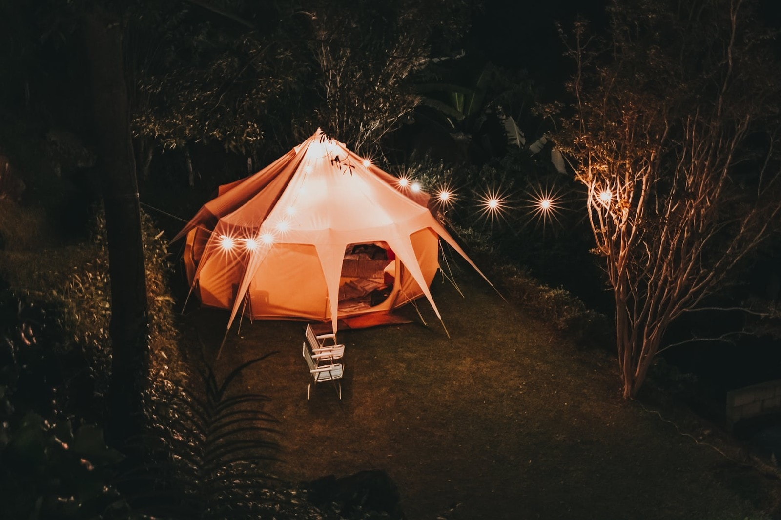 camping tent for twelve people